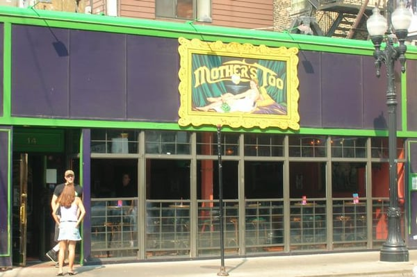 Mother s too near north side chicago il united for Table 52 chicago reviews