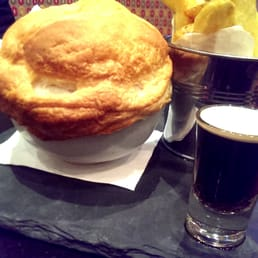 St James beef & Guinness pie, with chunky chips!
