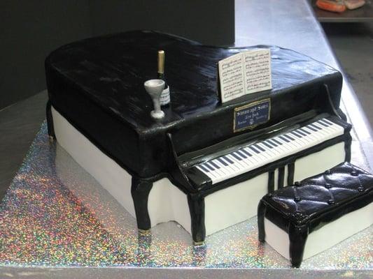 Piano Cake | Yelp