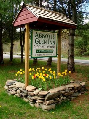 Abbotts Glen | Abbotts Glen Inn Resort - Clothing