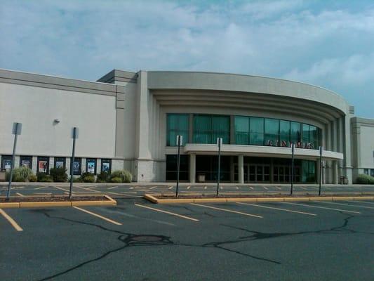 Rave Movie Theater Eastfield 16 - Cinema - Springfield, MA - Reviews ...