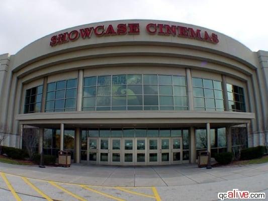 Movie theaters in davenport ia