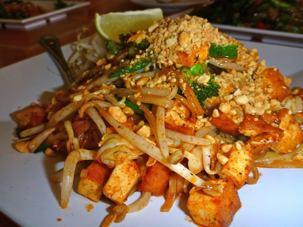 vegan tofu pad thai | Yelp