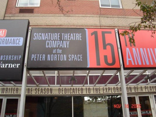 Signature Theatre Co Hell 39 S Kitchen New York Ny Vereinigte Staaten Yelp