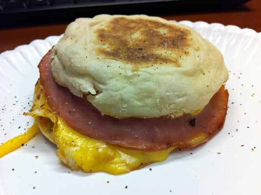 Grab 'N Go Ham, Egg & Cheese English Muffin Breakfast Sandwich. Only ...