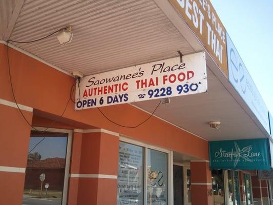 Saowanee's Place Thai Restaurant