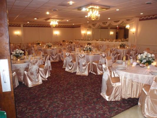 Small Wedding Venues Near Me: Corsi's Restaurant & Banquet Halls