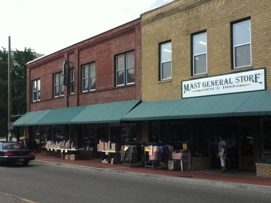 Clothing stores in boone nc