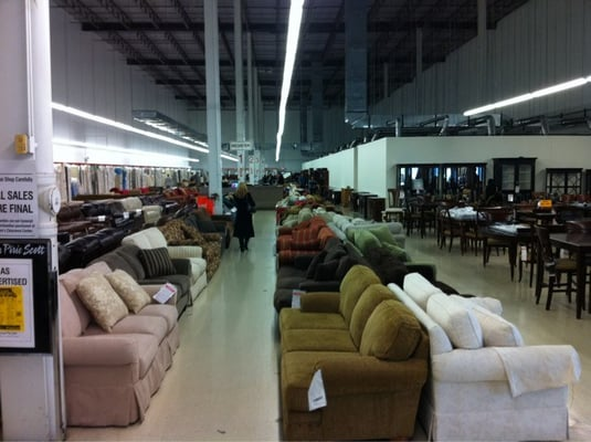 Carson Pirie Scott Furniture Warehose Amp Clearance Center