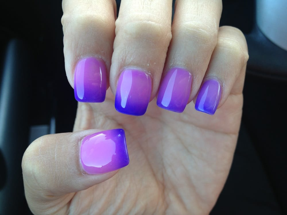 Obsessed With My Mood Changing/ombré Feeling Nails! Thank