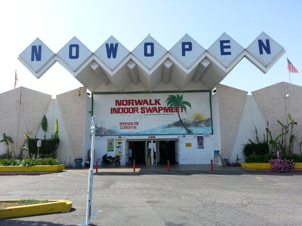 norwalk indoor swap meet website