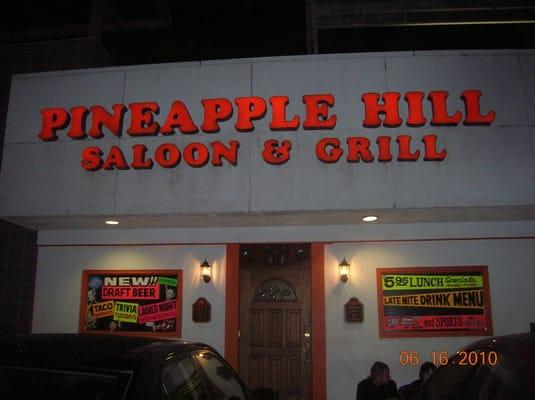 Pineapple Hill Saloon Amp Grill 70 Photos Bars Sherman