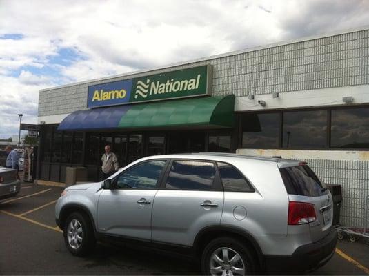 Car Rentals In Ct: Alamo Rent A Car - Windsor Locks, CT