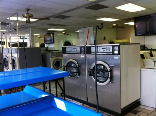 24 Hours Laundromat Dry Cleaning Amp Laundry Eastside