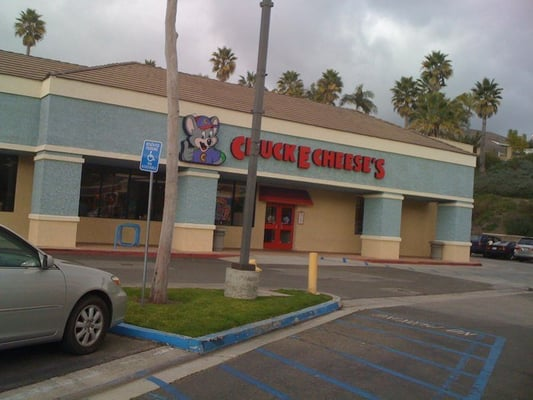 I haven't entered a Chuck E. Cheese's since I was a kid myself, and I was under the impression that the quality had gone way Chuck E. Cheese's - 46 Photos & Reviews - Pizza - Moulton Pkwy, Laguna Hills, CA - Restaurant Reviews - Phone Number - Menu - Yelp/5().